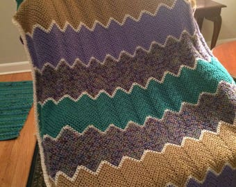 Sand, Kelly green, Purple with variegated ripple afghan