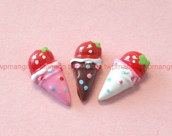 Lot of 15 Resin Ice Cream Cone Cabochon...Button...Flat Back...N85