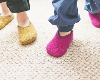 Felt Kids Bootie Crochet Pattern No. 7