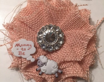 Lamb Mommy-to-Be Corsage/ Baby Shower Corsage/ Sheep Mom to Be Corsage