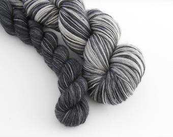 LOVE SOCK self-striping, 031, merino nylon sock yarn,100g