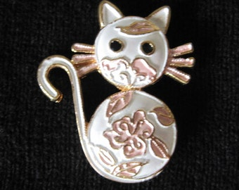 Cat Brooch, Costume Jewelry, Vintage