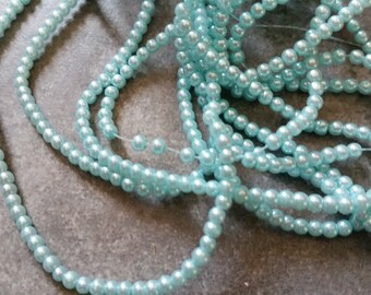 100 pearl beads round 3mm light blue