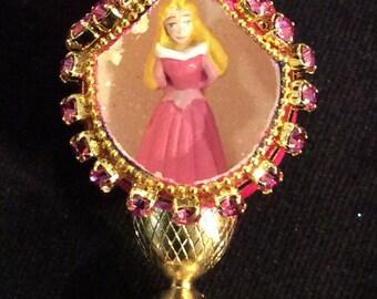 Sleeping Beauty Aurora Miniature Quail Egg w/Stand