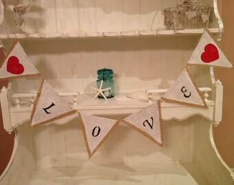 Love Burlap Bunting Banner READY TO SHIP, Wedding Bunting Banner, Photo Prop Bunting Banner,  Black Lettering with Red Hearts