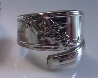 Spoon ring  crafted from 1946 Queen Bess pattern.