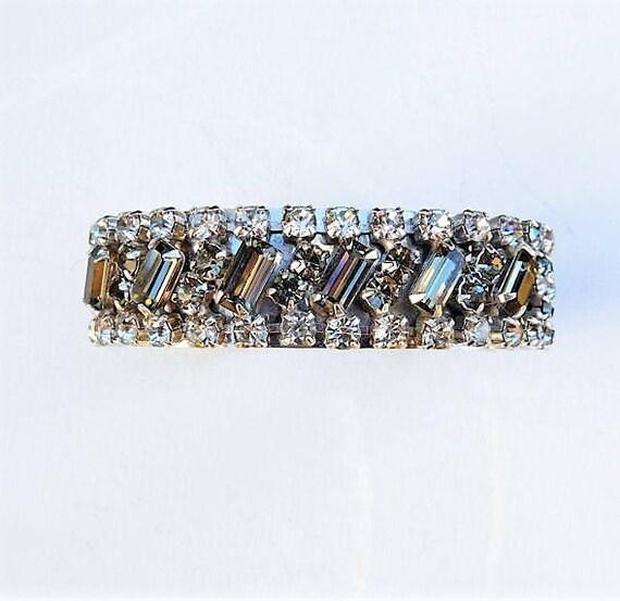 Rhinestone Cuff / Mid Century / Wedding Fashion / Vintage Jewelry