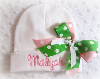 Personalized Infant Hat with name and bow, personalized newborn baby girls hat, personalized newborn beanie, personalized newborn hospital