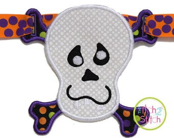 In the Hoop ITH Skull Banner Charm Design for Machine Embroidery, INSTANT DOWNLOAD
