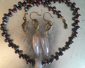 Titanium coated shark tooth Agates, Burgundy and Blue Fresh Water Pearls.