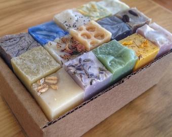 Boîte de 15 échantillons de savons artisanaux faits main 100% naturel, Box of 15 Samples of Soaps, Cold process All Natural Handmade Soap