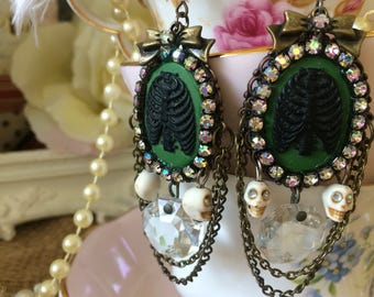 Sale Victorian rib earrings