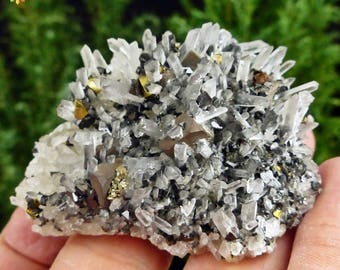 Amazing  Quartz, Sphalerite, Galena, Pyrite,  Chalcopyrite, Crystal, Mineral. Great contrast!