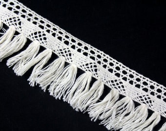Ivory Crocheted Fringe Trim Ribbon for Crafts 1 YARDS
