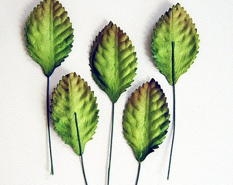 50 pcs - Green mulberry paper leaves - 2 x 3.5 cm