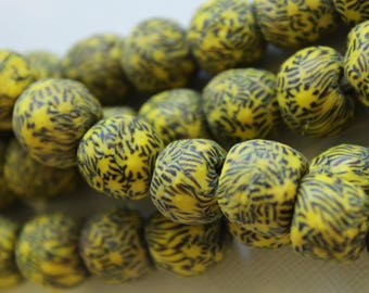Vintage Yellow and Black Patterned Round African Sandcast Beads - ASC 087