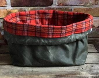 Waxed Canvas Army Green Orange Plaid Flannel Lining Knit & Crochet Drawstring Tote Project Ditty Bag Finger Loop Strap Flat Bottom