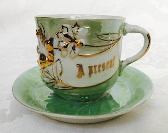 Jahrgang A vorhanden großen Tee-Tasse und Untertasse Mint Gold weiß Deutschland