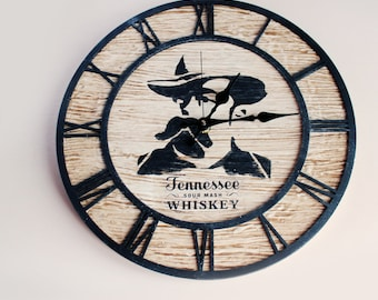 Wall clock Hennessee