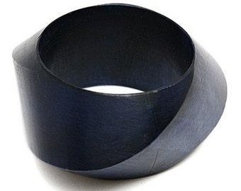 Vintage  bold wide  solid  Wood  bangle  bracelet
