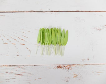 40 miniature mulberry paper bamboo green leaves (size 2)