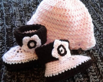 Pink/Brown Hat & bootie set. Size 0-12 mo
