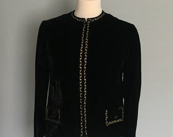 Vintage Saks Fifth Avenue Boxy jacket crop wardrobe staple chic