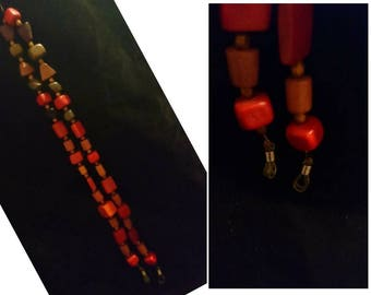BK1. Necklace with wooden beads unique