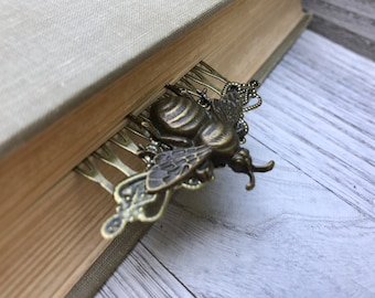 Antique Brass Tone Bumble Bee Hair Comb OOAK