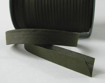 Cotton bias tape, 15 mm folded, Khaki, sold by the yard.