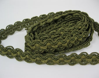 Olive Green Scalloped Trim 3/4 inch Wide