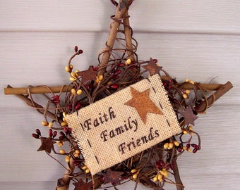 "Faith Family Friends Primitive Rustic star wreath 10"" Pip berries burlap sign new"