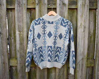 Vintage 80s Blue & Grey Sweater / Size Small/Medium / Made in Italy