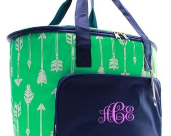 N Gill Insulated cooler shoulder bag with arrow pattern