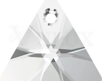 Swarovski XILION Triangle 6628  12 MM Crystal