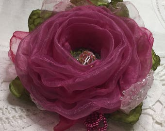 Pink rose brooch, romantic gift, pretty pink rose, wedding brooch, vintage bead, pink and green, Victorian style, pink rose pin,