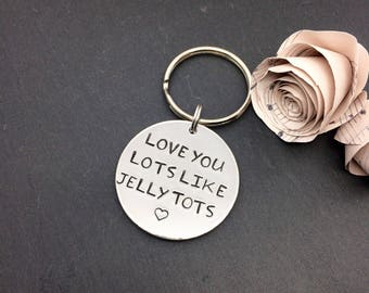 Love you keyring, love keychain, love gifts, personalised keyring, girlfriend gift, boyfriend gift, Christmas gift, anniversary gift