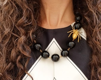 Black Statement Necklace, Insect Jewelry, Black Necklace, Spider Necklace, Bug Necklace, Spider Jewelry, Insect Necklace, Spiders, Halloween