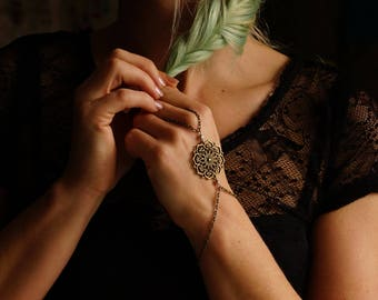 Simple slave bracelet brass bronze