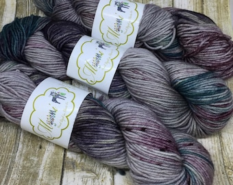 "Worsted Superwash Wool ""Ghoul"""