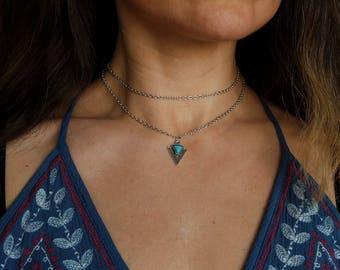 Silver chain turquoise arrowhead charm choker necklace