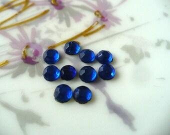 25 Vintage Royal Blue Glass FB Roses Stones C15