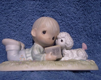 """Precious Moments Figurine  # PM 852 -  """"I Love To Tell The Story"""" Retired - Special Edition Members Club Only"""