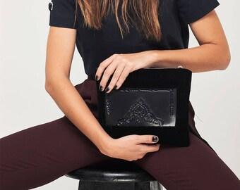 Velvet clutch / velvet clutch bag / black velvet clutch bag / velvet clutch purse / velvet clutch black / velvet vinyl clutch / evening bag