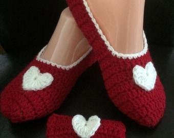 Ladies Slippers, Crochet Slippers, ladies gift set, House Shoes, Womens Slippers, Slippers, Booties, Handmade Slippers
