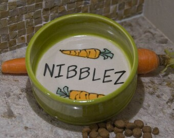 Small Mammal Bowl / Rabbit / Guinea Pig / Straight Sides / Personalized / Choice of Color / Gift Under 15 / Gift for Pet / Rabbit Owner Gift