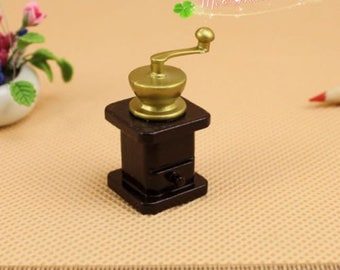 1/12 Scale Dollhouse Miniatures Coffee Grinder/ Dollhouse accessory