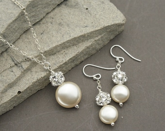 Coin Pearl Jewelry Set, White or Ivory Pearl Necklace and Earrings, Bridal Party, Wedding Jewelry for the Bride, Vintage Style Jewelry Set