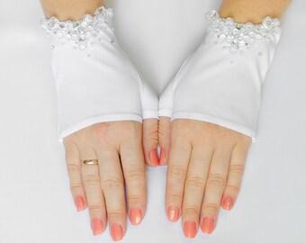 Bridal Mittens, White Fingerless Stretch Wedding Gloves, Bridal Wedding Gloves, Beaded, Rhinestone 20