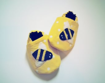 Bumble Bee Baby Booties, Yellow Black Lined Slippers, Shower Gift, Cotton Soft Sole Shoe, Newborn, What will it be?, Gender Reveal